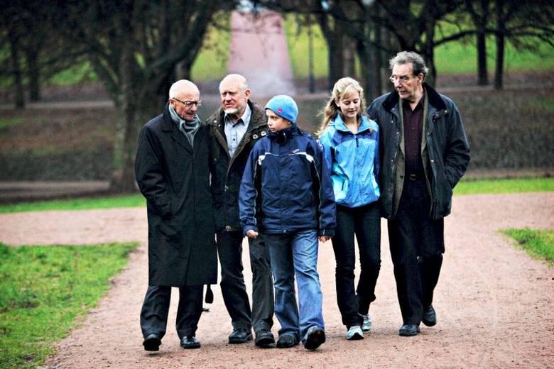 """""""Se der advarer bestefar"""" Fra Aftenposten høsten 2006, samtale med Kåre Willoch, Erik Dammann og Reiulf Steen etter oppropet fra «Besteforeldre for en ansvarlig klimapolitikk»"""