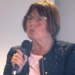 Wenche Frogn Sellæg taler til landsmøtet i Besteforeldrenes klimaaksjon, Skien 2015. Foto: Bjørghild des Bouvrie