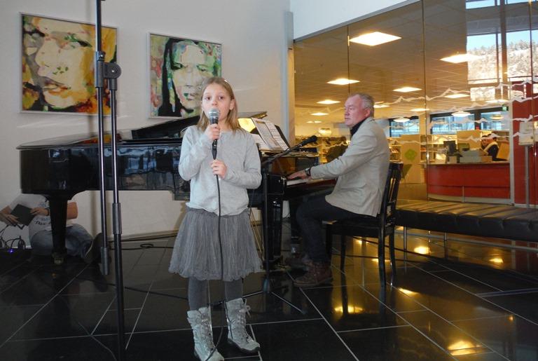 Selma Lauritzen og Tom Rødland. Foto: Aase Ådland.