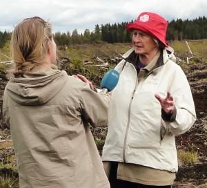 Våren 2015: Astrid Sandvik intervjues av NRK Østlandssendingen. Foto: Ivan Chetwynd