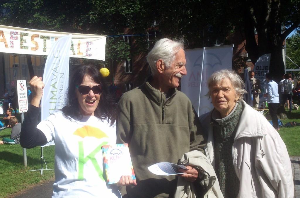 Klimafestibvalen 2015: Kristin sammen med Åsta og Otto Martens i E.C. Dahls parken.