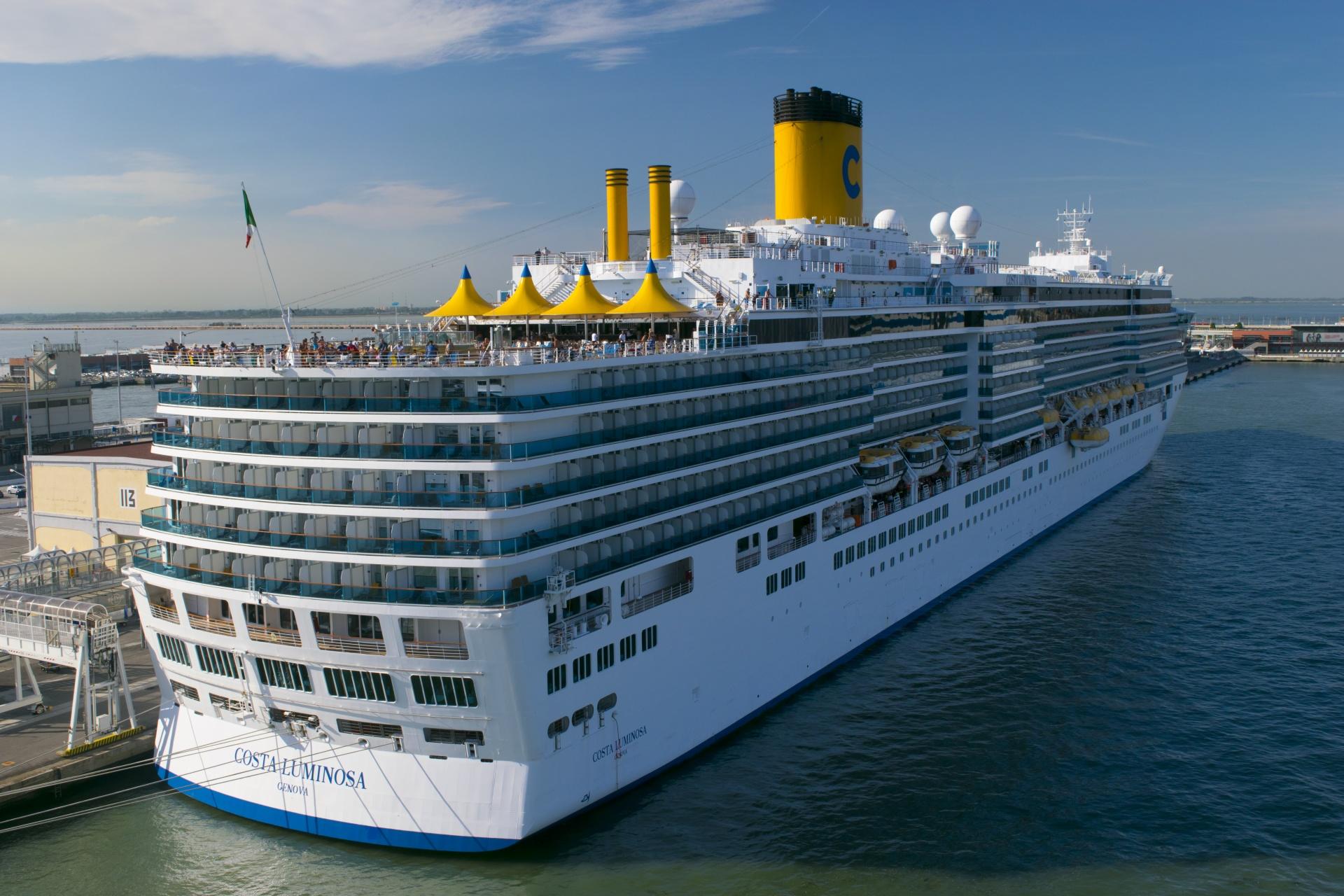 cruiseship-1530066161mTq